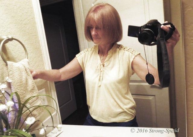 Mary_Mirror-Selfie