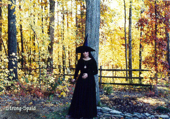 witch-in-autumn-lights