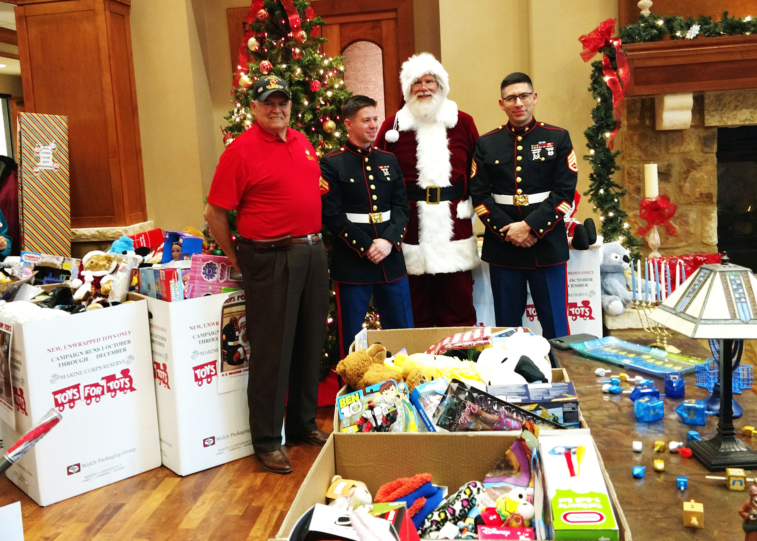 Christmas Toys For Tots Application : Marine corps reserve 'toys for tots christmas magic