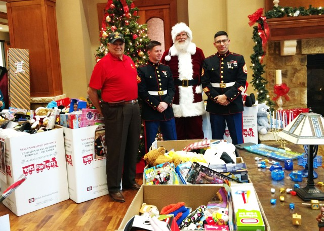 Marine Corps Reserves Toys for Tots program_3